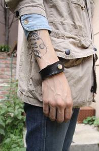Bracelet_03<BR>����,������ǰ