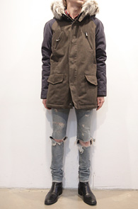 (Used) Khaki Coloration Long Jacket