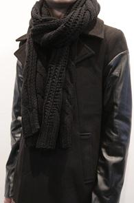 Black Knit Muffler<br>��Ʈ����, �?�÷�<br>�ܿ�ö �'��������� ��Ʈ ���÷�