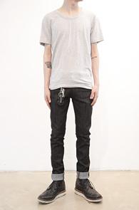 Grey Span U-Neck T-shirts<br>�����÷�, ���༺�ִ� ��ư����<br>����ϰ� ���� ��ũ������ ����Ƽ����