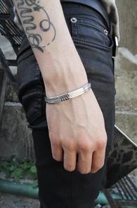Acc_12 bracelet