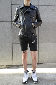 Black Fake Leather Rider Jacket<br>����ũ ���� ����, �? �÷�<br>�������� �ִ� ���̴� ����