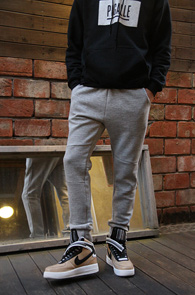 Grey Basic Cotton Jogger Pants<br>�׷����÷�, ��ư����<br>�������� �������� �⺻ ��������