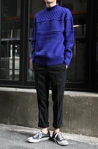 Blue Multi Turtle Neck Knit<br>��Ƽ����, ��ũ�����<br>����÷��� ���� ��Ʋ�� ��Ʈ