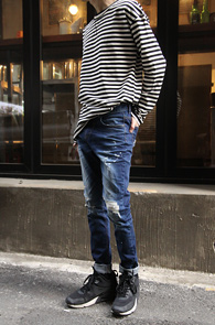 Basic White Stripe MTM<br>�������� ������, ��ư����<br>��Ʈ������ ������ �⺻ ������