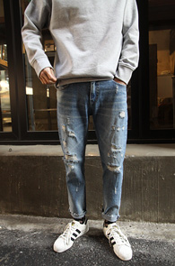Light Blue Cutting Destroyed Denim<br>��û�÷�, ��Ʈ���̵� ����<br>�ش��� ���õ� ��Ÿ���� ũ�� ����