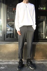 White Cotton Stitch T-Shirts<Br>ȭ��Ʈ�÷��� ��ư����<br>��Ƽġ ����Ʈ�� �����̴� Ƽ����