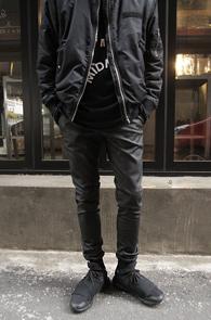 Black Coating Jogger Pants Slim Fit<br>�?�÷��� ���ð���� ����<br>��Ű���� �Ͱ��� ���� ��������