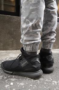 Grey Camo Jogger Pants<br>�������� ī�� ���� ����<br>ī�������� ��������