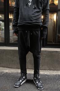 Black Cotton Baggy Pants<br>���༺�ִ� ��ư ����<br>����� ��밨�� �������