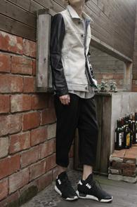 Light Washing Leather Mix Denim Jacket<br>��û���� ���� ����ũ��������<br>�?ġ������ �����̴� ��������