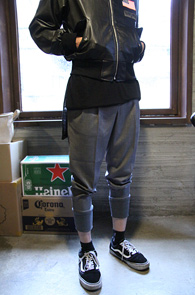 Grey TR Banding Slacks<br>�����÷��� TR ���<BR>�ش��� ����� �ŷ����� ������