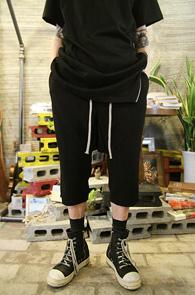 Black Crop Wrinkle Pants<br>7�� ������ ũ�ӹ������<br>Ʈ������ �Ƿ翧 ���� Ȱ����