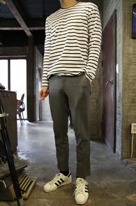 White Cotton Basic Stripe T-Shirs<br>ȭ��Ʈ�? ����� ��ư����<br>����� �������� �⺻ �ܰ��� Ƽ����