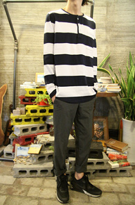 Big Stripe Henry Neck T-Shirts<Br>���̺� ��ȭ��Ʈ�� �� ��Ʈ������<br>����� �������� �ܰ��� ��� Ƽ����