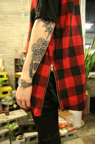 Red Check Sleeveless Side Zip Shirts<br>�μҸ� ���̵� ���� üũ����<br>���� ���尨�� ���̾���