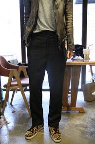 Black High waist Wide Pit Slacks<br>�?�÷��� ���̵� ������<br>���̵��� ���̿��̽�Ʈ ������