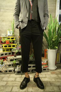 Black Wide Basic Slacks<br>�? �÷��� ���̵� ������<br>ũ�� ����� �������� �Ƿ翧
