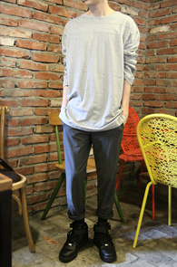 Over Fit Grey Long T-Shirts<br>�ε巯����ġ���� ��ư����<br>�����ο� �ڽ����� Ƽ����