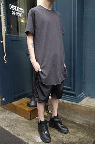 Grey Cutting Long T-Shirts<br>����� ��ư����, �����÷�<br>���� �������� �����̴� Ƽ����
