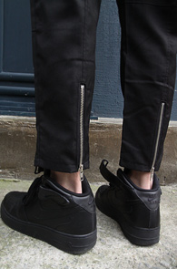 2 Color Banding Zipper Slacks<Br>�?�÷��� ���� �÷��� ��<br>�شܿ� ���۵������� �����̴� ������