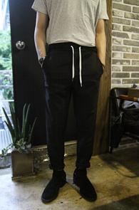 Banding Straight Black Pants<br>�?�÷�, �㸮 ��� ������<br>��Ʈ����Ʈ ���� ��ư����