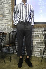 Charcol Stripe Basic Shirts<br>í�� �÷�, ��Ʈ������ ����<br>�������� �������� ��Ʈ������ ����