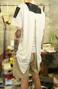 Leather Mix Back Zipper T-Shirts<Br>����ũ ������ �ͽ��� ��ư����<br>������ �������� �� Ƽ����