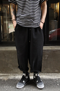 Black Wide Crop Pants<br>�?�÷��� ���̵��� ��<br>ũ��Ʈ ���尨�� ����