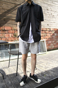 Black Cotton Half Shirts<br>�?�÷�, ����� ������<br>���� ��ư����� ���۵� ����