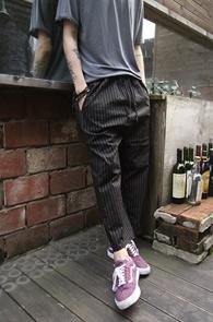 Black Stripe Baggy Crop Pants<br>�?�÷��� ��Ʈ������ ����<br>������� 9�� ũ�� ���尨�� ����