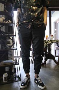 Black Coating Jogger Zip Pants<Br>�?�÷�,���ð���<br>���ð���� ������ �? ��������