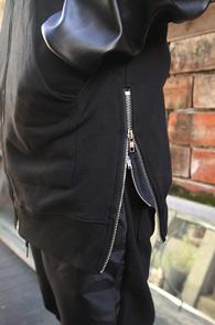 Black Leather Mix Long Hood Zip-UP<BR>�?�÷��� ���� ���尨<br>���̵� ���� �������� �? �� �ĵ�
