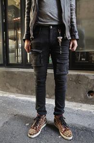 Black Skinny Cargo Pants<br>������ �� �?���Լ���<br>��Ű���� �Ͱ��� ī�� ����