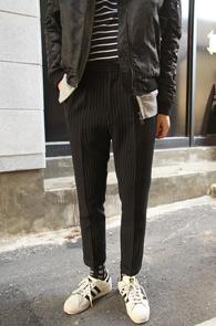 Black Stripe Slim Slacks<bR>�?�÷��� ��Ʈ������ ����<br>������ �Ͱ��� ũ��Ʈ�� ������