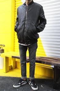 Black Fake Leather MA-1 Jacket<br>����ũ���������� �β��� ���簨<br>�β����� �ִ� ���� �װ�����