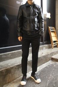 Black Fake Leather A-2 Jacket<br>�?�÷��� ����ũ ���� ����<br>�������� �������� A-2 Ÿ�� ����