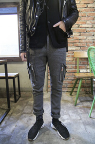 Gray Wool Cargo Pants<Br>���� �÷��� �����<br>���ϵ������� ����Ʈ�� �Ǵ� ��ī������