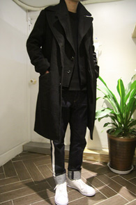Black Wool Layered Coat<br>�?�÷�, �β��� �����<br>���� ī�� �������� �� ��Ʈ
