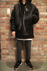 Black Raglan Sidezipper Hood T-shitrs<br>�? �÷�, ��� �Ȱ�<br>���̵� ���� �������� �ĵ�Ƽ����