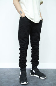 Black Twill Jogger Pants<br>�? Ʈ�� ���� ����<br>����� ��밨�� ������ �ڵ�