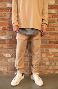 Beige Long Jogger Pants<br>�������÷�, ���༺�ִ� ���<br>���� ���尨�� ��������