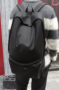 Black Basic NY Backpak<br>�������� ��뷮 ����<br>�ǿ뼺�� ���� ������ ��밨