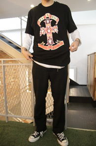 Black Guns N Roses T-Shirts<br>����ط����� ������<br>��Ű�Ѵ����� �� Ƽ����