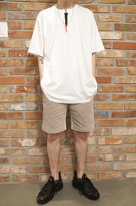 White Red Zipper Point T-Shirts<br>�ڽ��� �Ͱ�, ���� ������<br>�ض��� �������� �����̴� Ƽ����