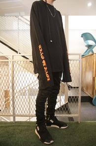 Long Sleeve Overfit T-shirts<br>롱 오버 티셔츠<br>디플로마체 프린팅,레이어드용 티셔츠