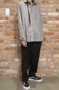 Grey Box Fit Stripe Shirts<Br>그레이컬러, 스트라이프패턴<br>박시한핏감의 스트라이프 셔츠