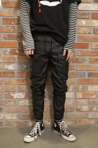 Black Coating Zipper Jogger Pants<br>�?�÷��� ���ð���� ����<br>����� ��밨�� ���� ��������