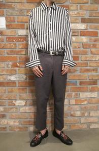 Basic Stripe Shirts<br>베이직한 디자인의 스트라이프 패턴<br>어디에나 매치가능한 기본 셔츠