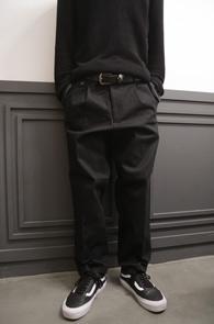 Black Wide Fit Banding Cotton Pants<Br>�?�÷��� ��ư����<BR>���̵��� �Ͱ��� ��ư����